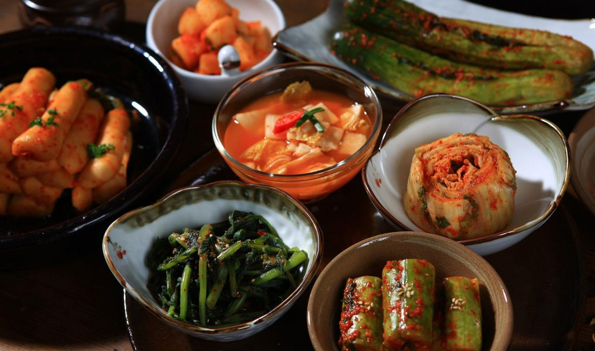 Some Korean cuisines that you must give a try!
