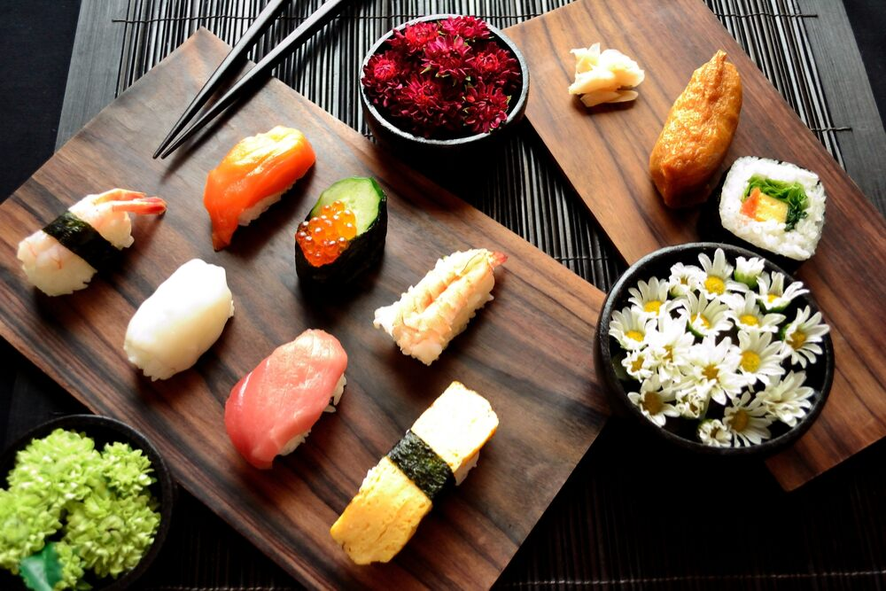 What are the most popular Japanese food dishes?